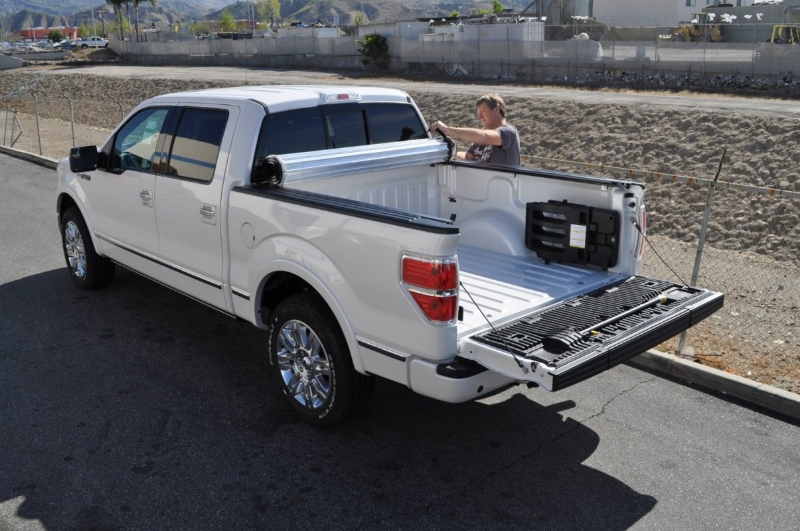 roll-x-hard-rolling-tonneau-cover-4